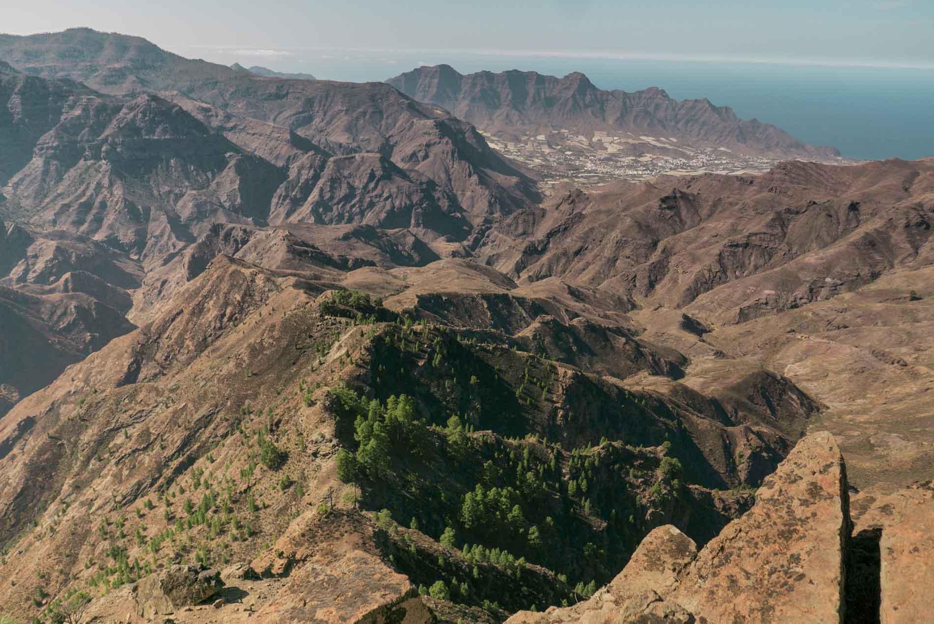 Altavista-landscape-gran-canaria-walking