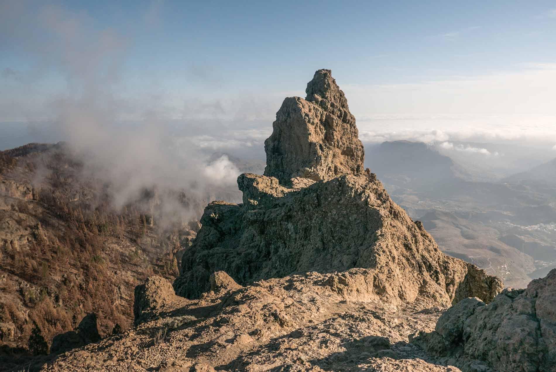pico-de-las-nieves-summit