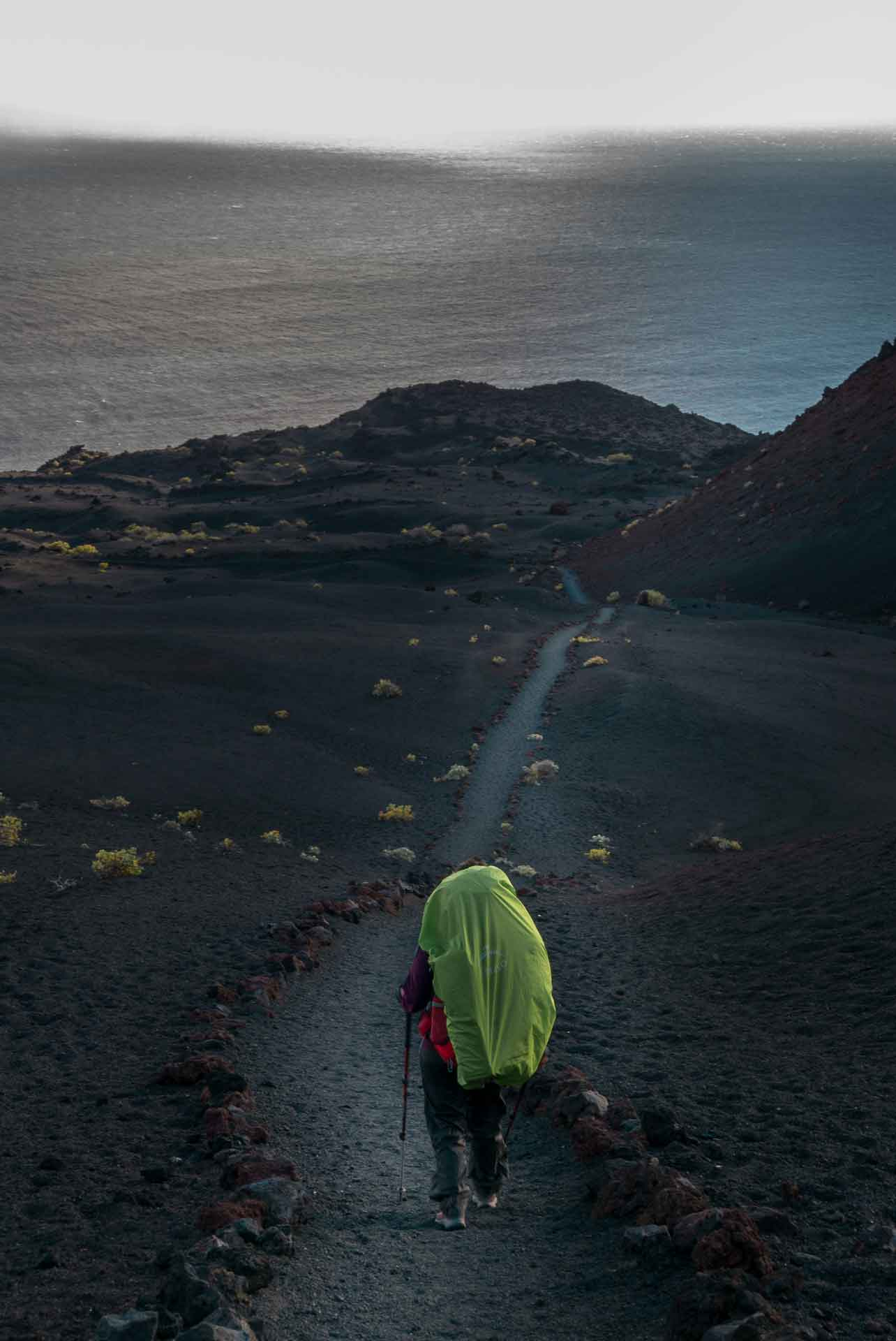 hiker-in-la-palma-canary-islands
