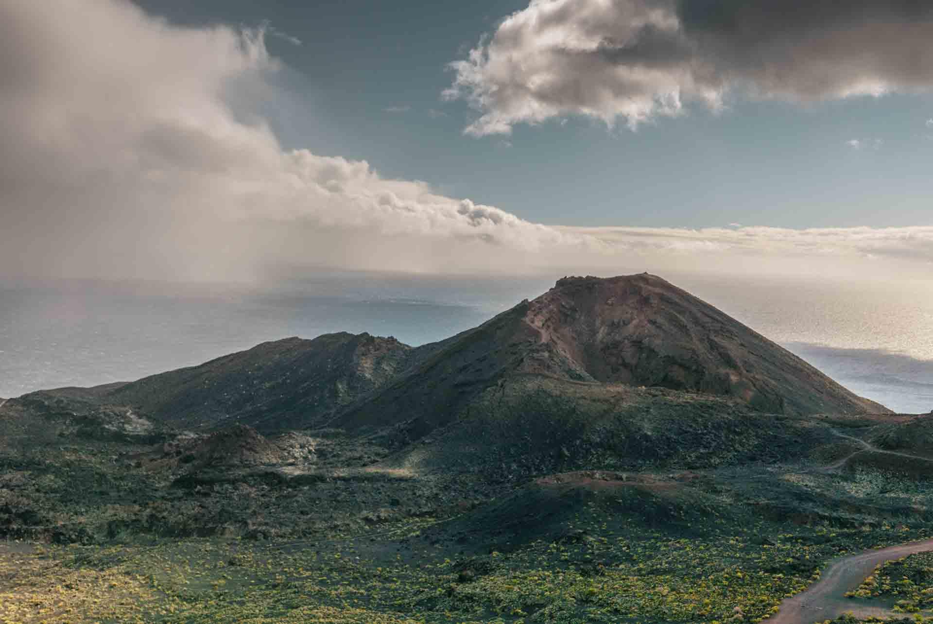 volcano-teneguia-la-palma