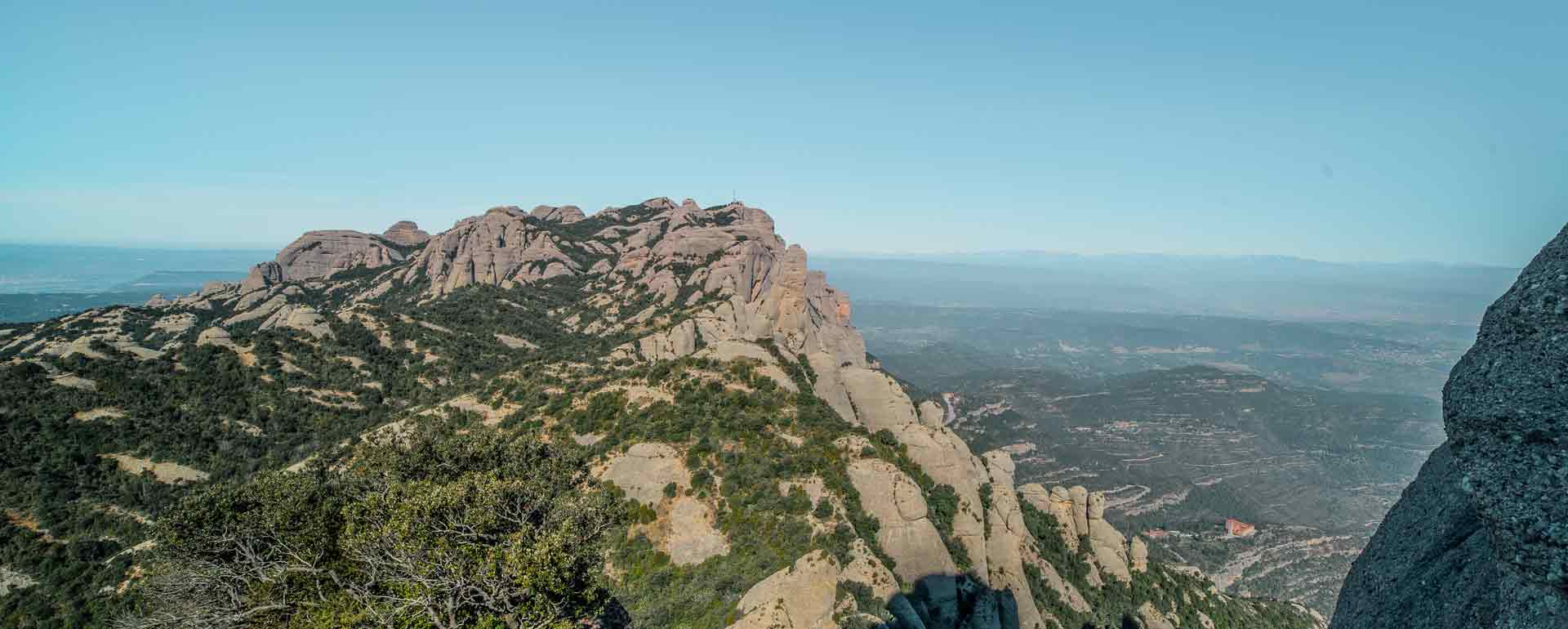 hiking-near-barcelona-montserrat-