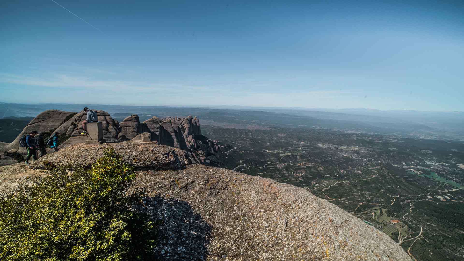 hiking-to-highest-point-montserrat